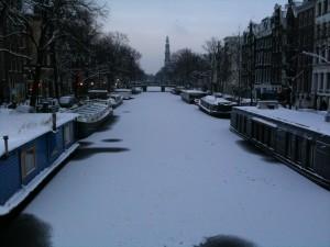 Canali ghiacciati ad Amsterdam