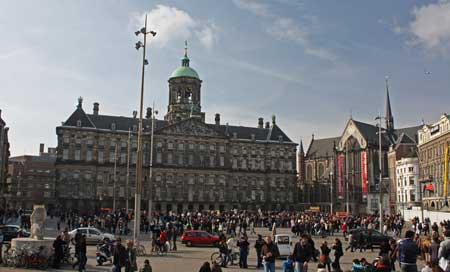 Piazza dam amsterdam amsterdam for free for Ostello amsterdam piazza dam