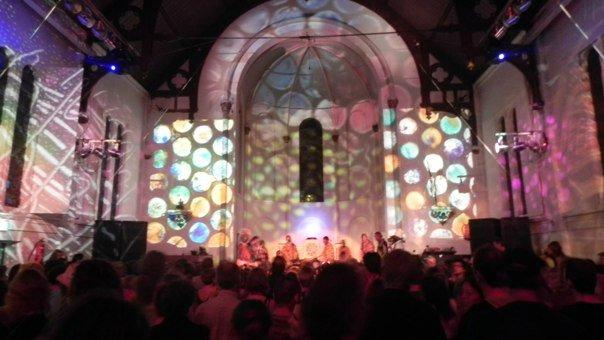 La Chiesa di Ruigoord durante una festa
